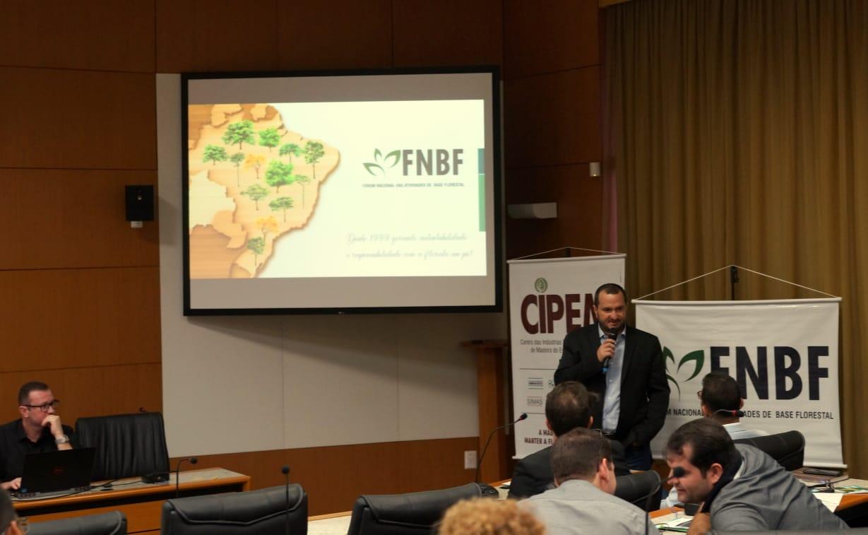 Foi um marco para o setor madeireiro o I Encontro Nacional do Setor de Base Florestal realizado em Cuiabá